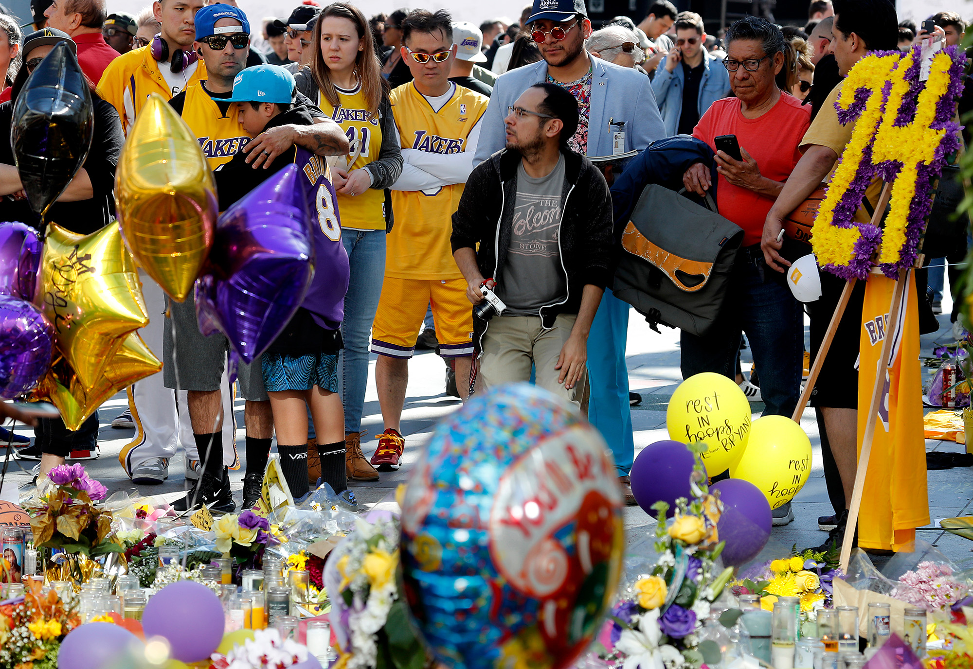 All bodies recovered from Kobe Bryant copter crash site as investigation continues